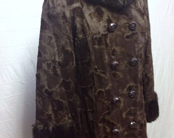 Brown and Black Vintage Coat with Fur Collar