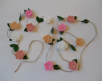 Small Bloom Flower Garland