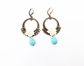 Mexican Folk Frida Kahlo Dangle Earrings / White Flower  and Turquoise