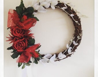 Red and White Christmas grapevine wreath
