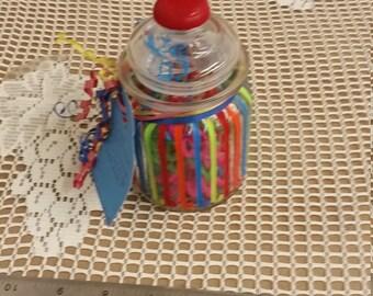 Dinoflossers in refillable deco jar