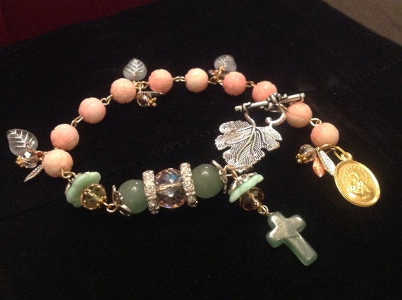 HEY MARY peace beads Limited  Edition by TR Jackson 10k gf stamped vintage medals on  deluxgem rosary bracelets Czech crystal & keepsake box