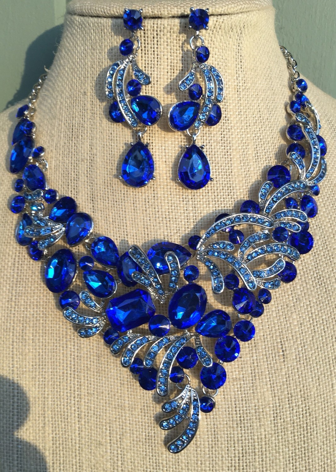 Gorgeous Sapphire Royal Blue Rhinestone Statement Necklace And