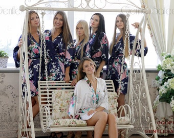Bridesmaid Robes, Set of 7 Bridesmaid Satin Robes, Kimono Robe, Fast Shipping from New York, Regular and Plus Size Robe