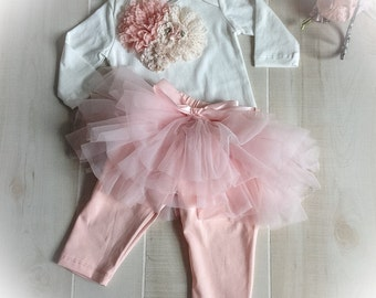 Baby Girl Outfit, Newborn Ruffle Pant, Baby Girl TuTu, Baby Girl Bodysuit Outfit