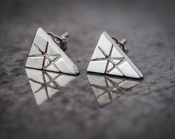 Triangular earrings sterling/oxidized silver