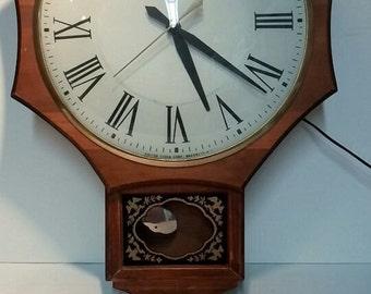 United Clock Corp - Model 597 Electric Wall Clock