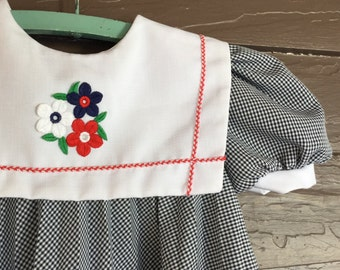 Girls Size 5 Vintage Dress - Navy Blue and White Checkered Dress with Appliqué Sailor Collar - Youngland