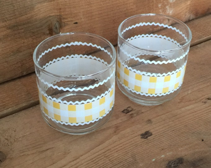 Libbey Glasses Yellow Gingham, Libbey Juice Glasses, Vintage Libbey Glasses, Country Kitchen, Checkered Glasses