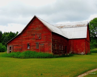 Red Barn Photography, FREE SHIPPING, Rustic Decor, Farm House Decor, Red Barn Photographs, Old Barn Decor, Fine Art Photography, Barn Art