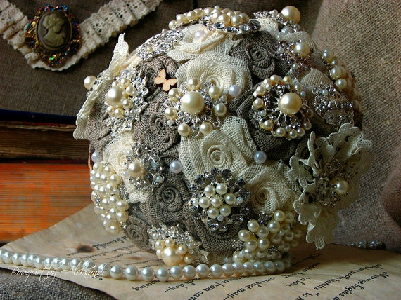 shabby chic mariage broche bouquet bouquet par bouquetbyaleksandr. Black Bedroom Furniture Sets. Home Design Ideas