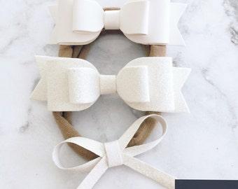 White bow combo
