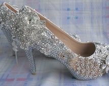 2016 New  Style  Custom  Pearls   Phoenix   Rhinestone  wedding  shoes    Bridesmaid shoes   party  shoes  Bridal  Pumps