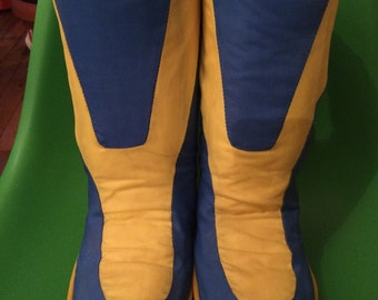 Super funky moon boots