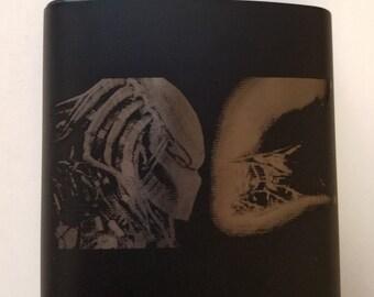 Alien Vs Predator - 6 oz Flask
