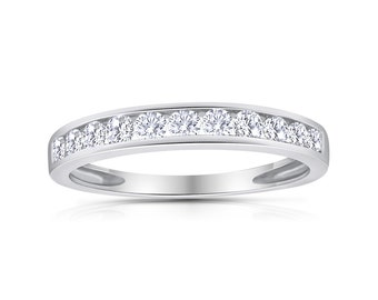 1/2 cttw Natural Diamond Channel Band in 10k White Gold