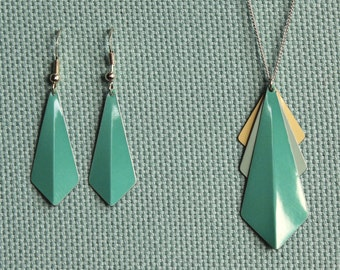 Turquoise Kite Necklace and Earring Set