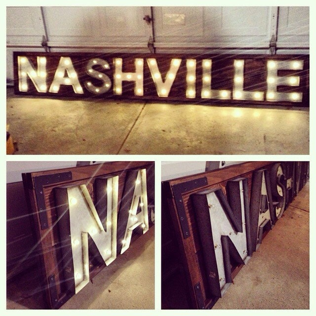 🔎zoom - Marquee Sign. City. Reclaimed Wood. Rustic Home Decor. Signs.