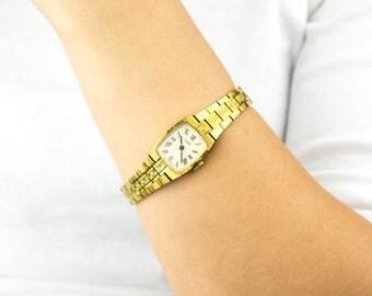 Gold vintage watch. Soviet watch, Women's watch, Women's soviet watch, Vintage watch, Russian watch, Luch17 jewels, wrist watch