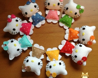 Hello Kitty Felt Brooch