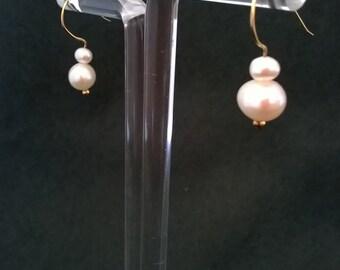S - 362 Pearl earrings