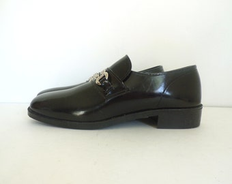 70s loafers size 9, faux leather shoes, mens loafers, mens dress shoes, mens shoes, black shoes, slip on shoes, mens 9