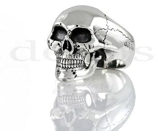 Medium Full Skull Ring