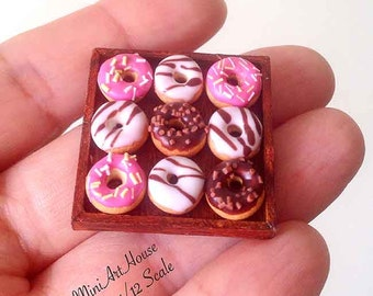 Donuts on the wood tray