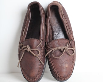 Vintage Size 10 Men's Brown Leather Moccasins, Minnetonka Loafers
