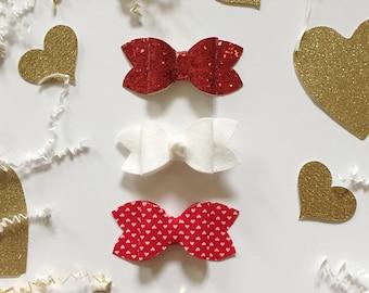 "Valentines ""Hunter"" bow headband set"