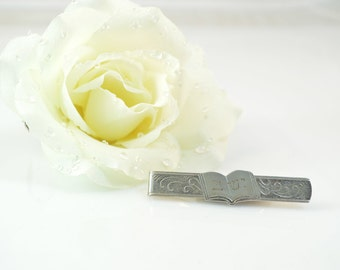 Sterling Scroll Detailed Hebrew Characters Tie Bar - 8g