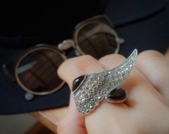 Angel wing sterling silver ring, feather Marcastie ring with Mother of Pearl, Onyx stone.