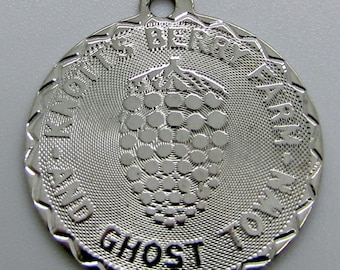Vintage Sterling Silver Charm Knott's Berry Farm And Ghost Town Crea 925 Disk Round