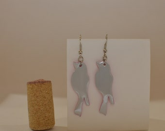 Bird earrings made from white can