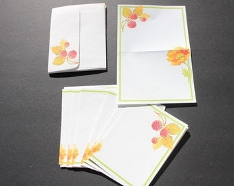 Vintage Stationery, Letter Head with Envelopes, Berries and Flower Paper Stationery
