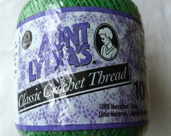 New Aunt Lydia's Crochet Cotton Thread 350 yards (320 m) Size 10 Myrtle Green