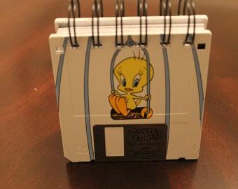 """3.5"""" Floppy Disk Sticky Notebook - Tooney Tunes - Tweety Bird"""