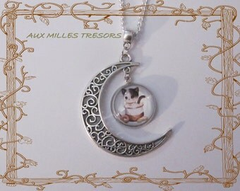 Necklace cat(chat) on the moon