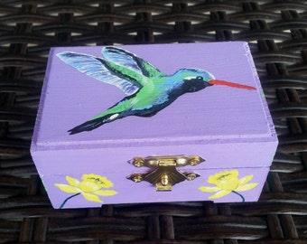 Hummingbird Box
