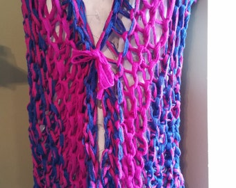 Large Loop Knitted Vest in Blue and Pink