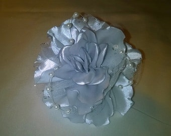 kanzashi darling flower gray silver sequined tulle and spirit