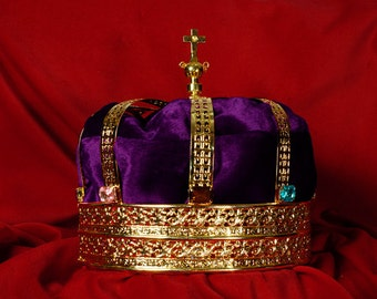 Men's Royal King Gold Jeweled Crown - Style 3787G