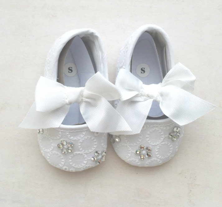 baby shoes baby white shoes infant shoes baptism shoes