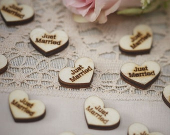 Just Married Wooden Table Confetti, Wooden Hearts, Just Married, Wedding Decorations, Crafting Supplies, Table Decorations, DIY Wedding