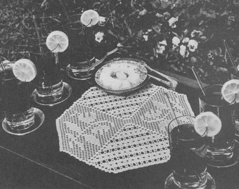 Vintage filet crochet table runner pattern