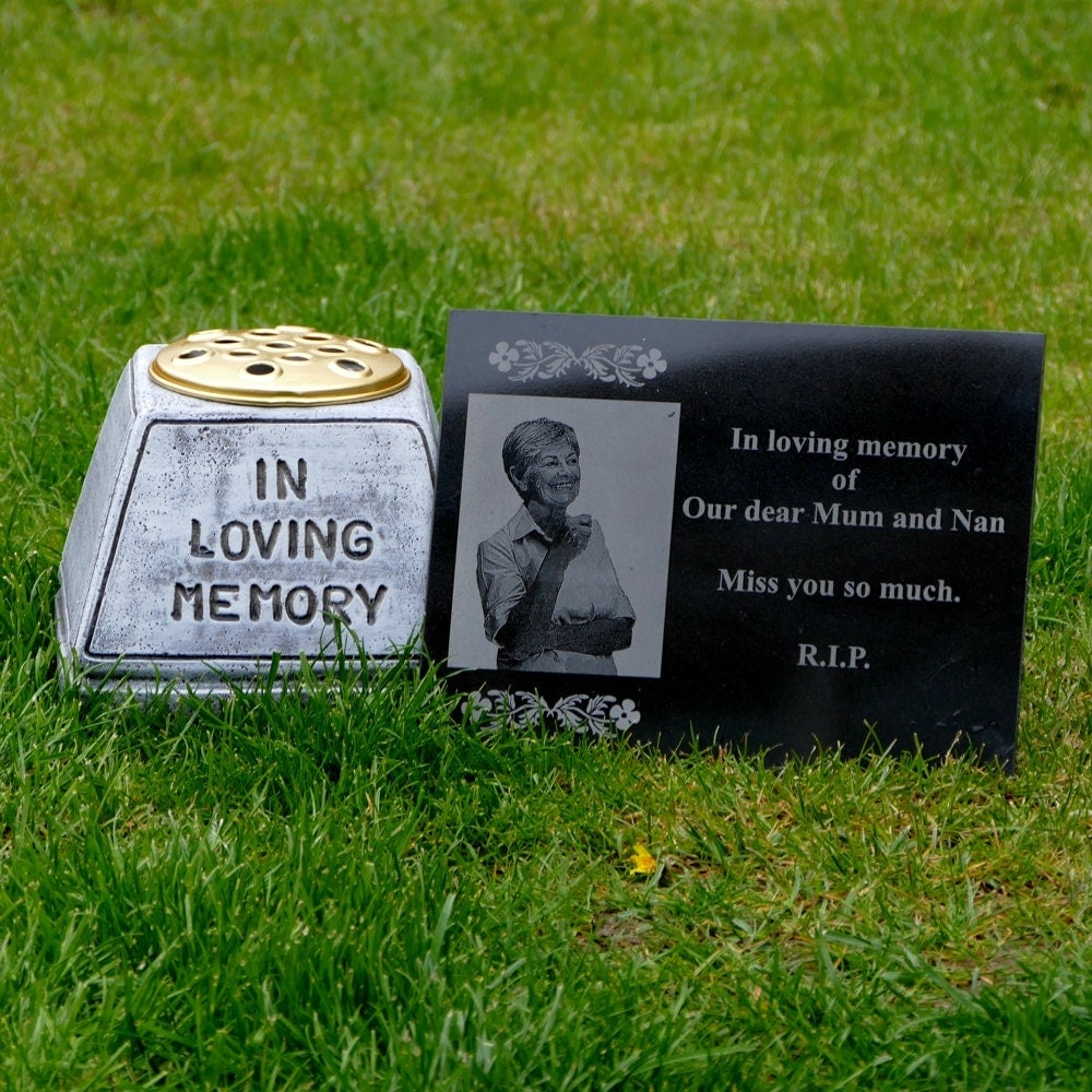 Granite Garden Memorial Plaque With Customized Message And
