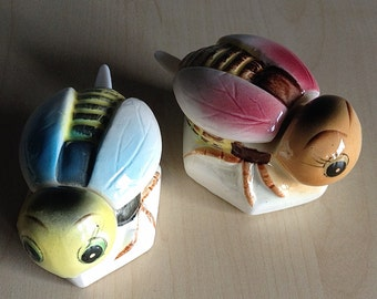 Honey Bee Pots Salt Cellars
