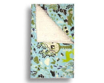 Burp Cloth <<Gone Camping>> Baby/Toddler/Drool//Green//Light Green//Gray//White//Outdoors//Tent//Wilderness//Bears//Boombox