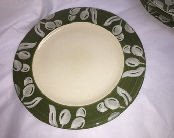 Green and Painted Olive Border Stoneware Plates - Pier One Imports - Set of 4