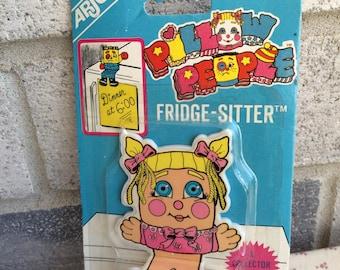 1987 Vintage Arjon Magnet,Pillow People magnet, Arjon Magnet Memo Holder, Refrigerator magnet, Pillow People Fridge Sitter